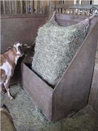 Full Square Bale Freedom Hay Feeder